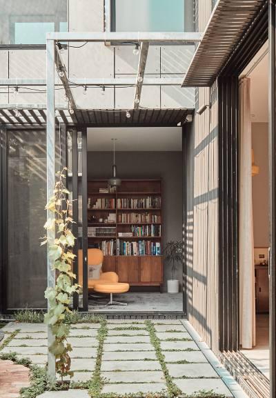 PHOOEY Architects Park House