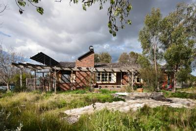 PHOOEY Architects Port Phillip Ecocentre Side